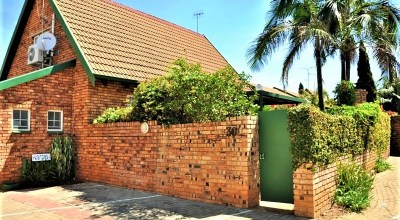 Langsaan 30 is a Fully Furnished 2-Bedroom Townhouse To Let in Garsfontein Pretoria East by Feel-at-Home Properties