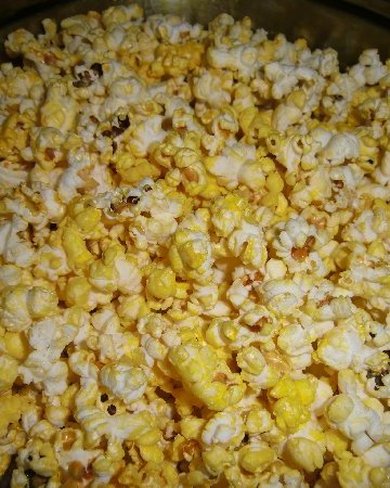 Dangers of Microwave Popcorn   How to make popcorn