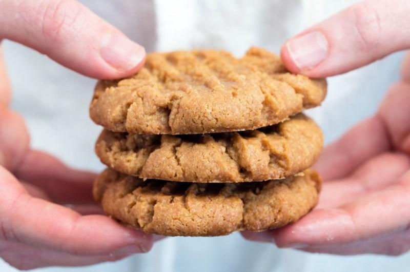 3-Ingredient Classic Peanut Butter Cookies | Gluten Free, No Flour, Sugar Free Option