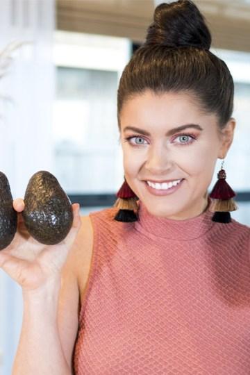 10 Hormone Balancing Foods I Buy EVERY Week!