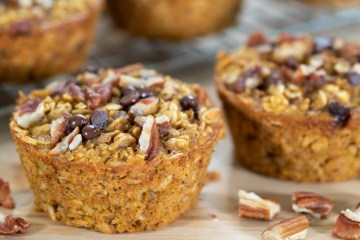PUMPKIN SPICE BAKED OATMEAL MUFFIN CUPS | healthy breakfast recipes