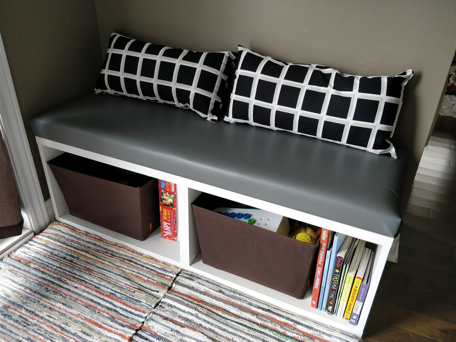 Tremendous Ikea Besta Hack Diy Seating Bench Perfect For Small Spaces Andrewgaddart Wooden Chair Designs For Living Room Andrewgaddartcom
