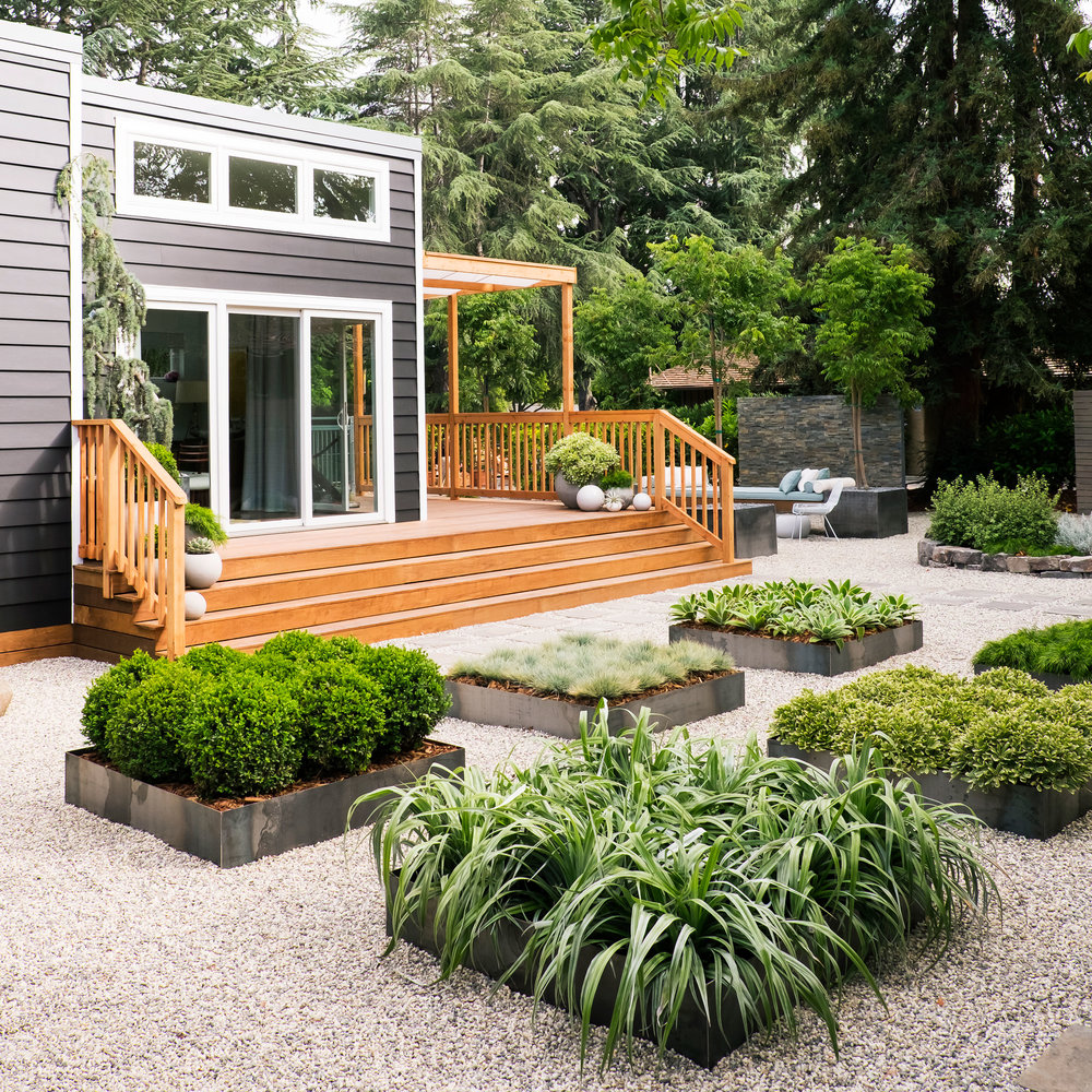 Great Backyard Cottage Ideas That You Should Not Miss on Small Patio Design Ideas  id=38517