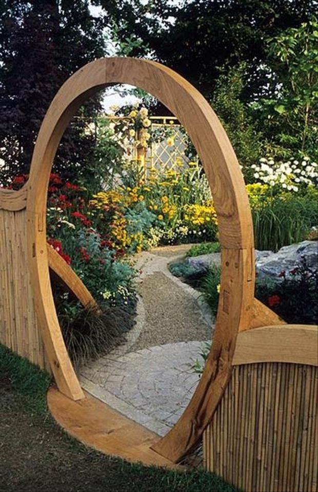 Wooden Garden Features That Are Simply Amazing on Backyard Patio Landscaping id=21185