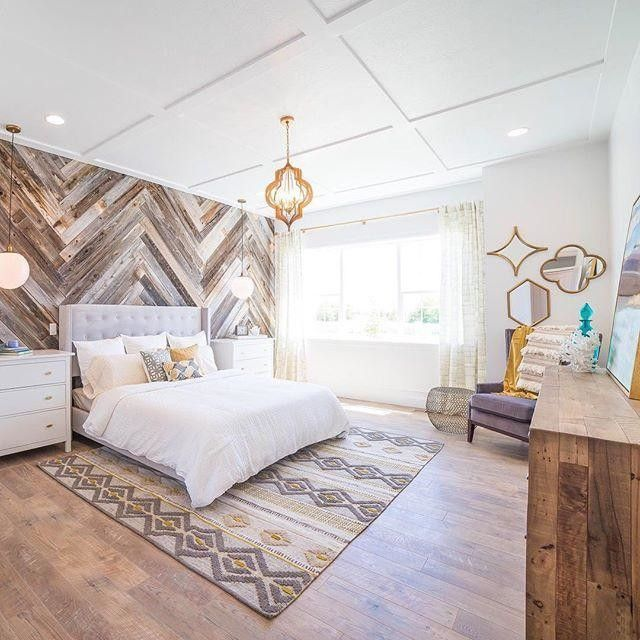 Wood Pallet Wall Paneling Trend That You Will Love on Pallet Bedroom Design  id=24304