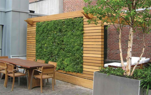 Wonderful Wooden Fence Ideas For Your Outdoor Decor on Garden Patio Wall Ideas id=42244