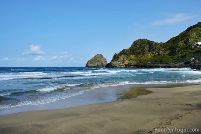 Praia de São Lourenço - São Lourenço Beach, Santa Maira Island, Azores. (Photo: Diane Fontes/FeelPortugal.com)