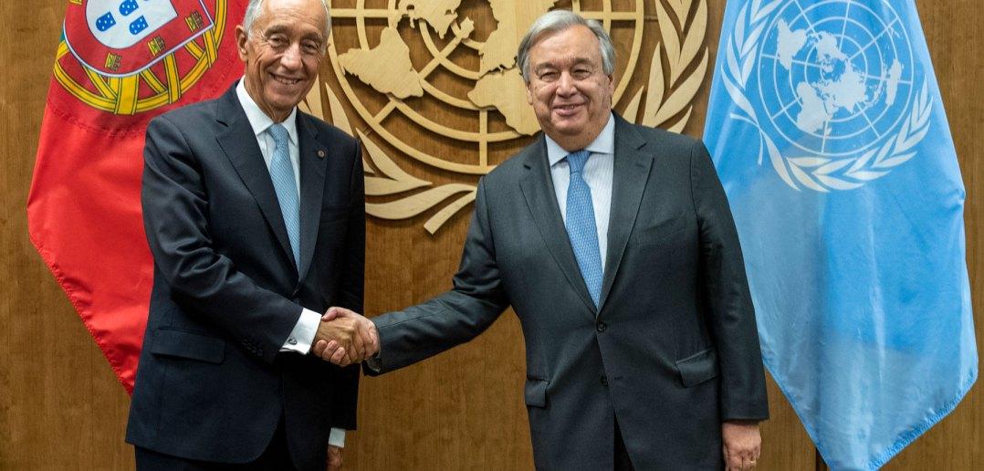 O Presidente da República, Marcelo Rebelo de Sousa (E), cumprimenta o secretário-geral da Organização da Nações Unidas (ONU), António Guterres (D),