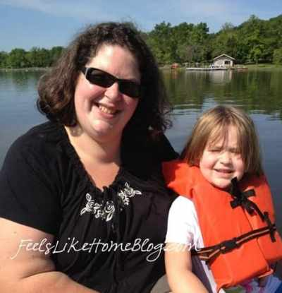 Tara Ziegmont and her daughter in a row boat