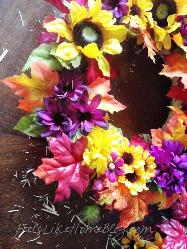 Kids Fall Leaf Wreath Craft - Small details