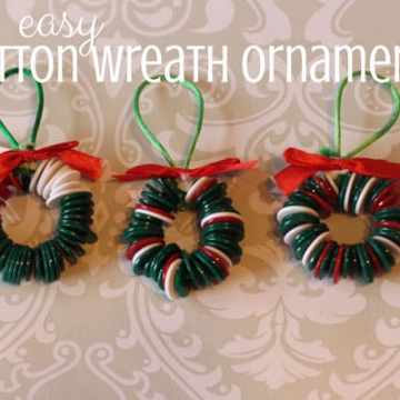 Wreath Christmas ornaments