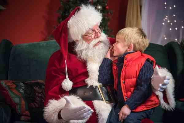 hersheypark-christmas-candylane-santa