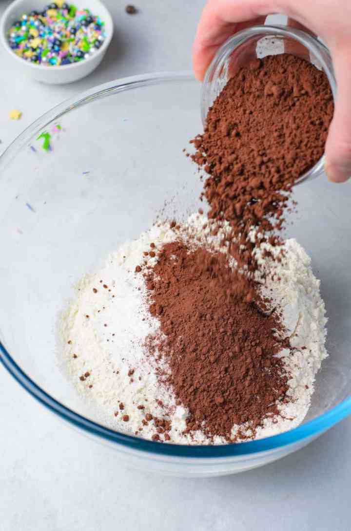 mix the dry donut ingredients