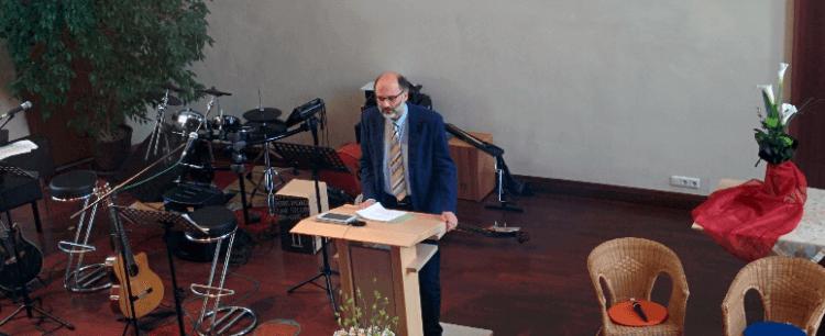 Prediger Albrecht Hesmert am 06.03.2016