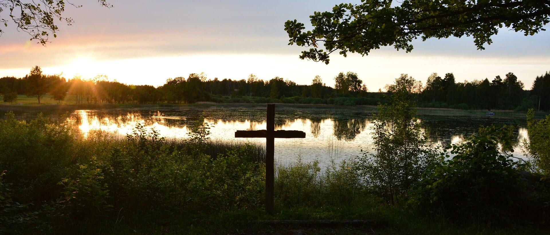 Kreuz am See. Glaube hat Fragen