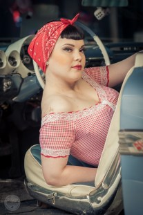 20130921-girls-cars-1141