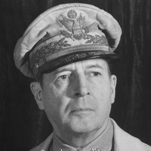 Douglas MacArthur: Savaş tamam da, barış?