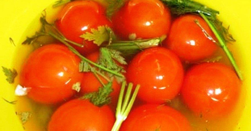 Рецепт маринованных помидорчиков