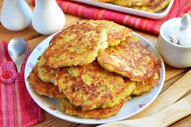 Обалденно вкусно-Драники с ветчиной, сыром и зеленью