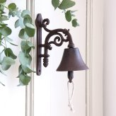 Willow & Stone cast iron bell with ornate bracket