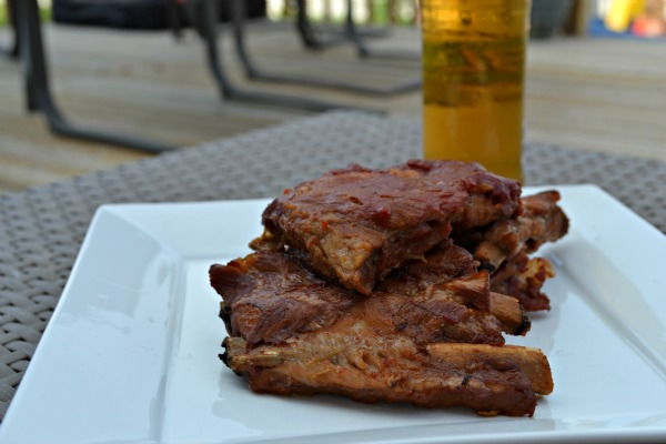 Slow Cooker BBQ Ribs With Applebees Style Sauce