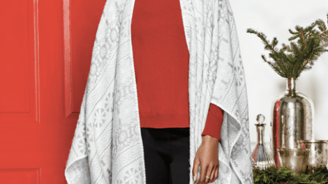 Avon Luxurious Reversible Wrap