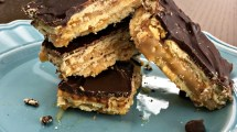 tripe-layer-cracker-toffee-bars