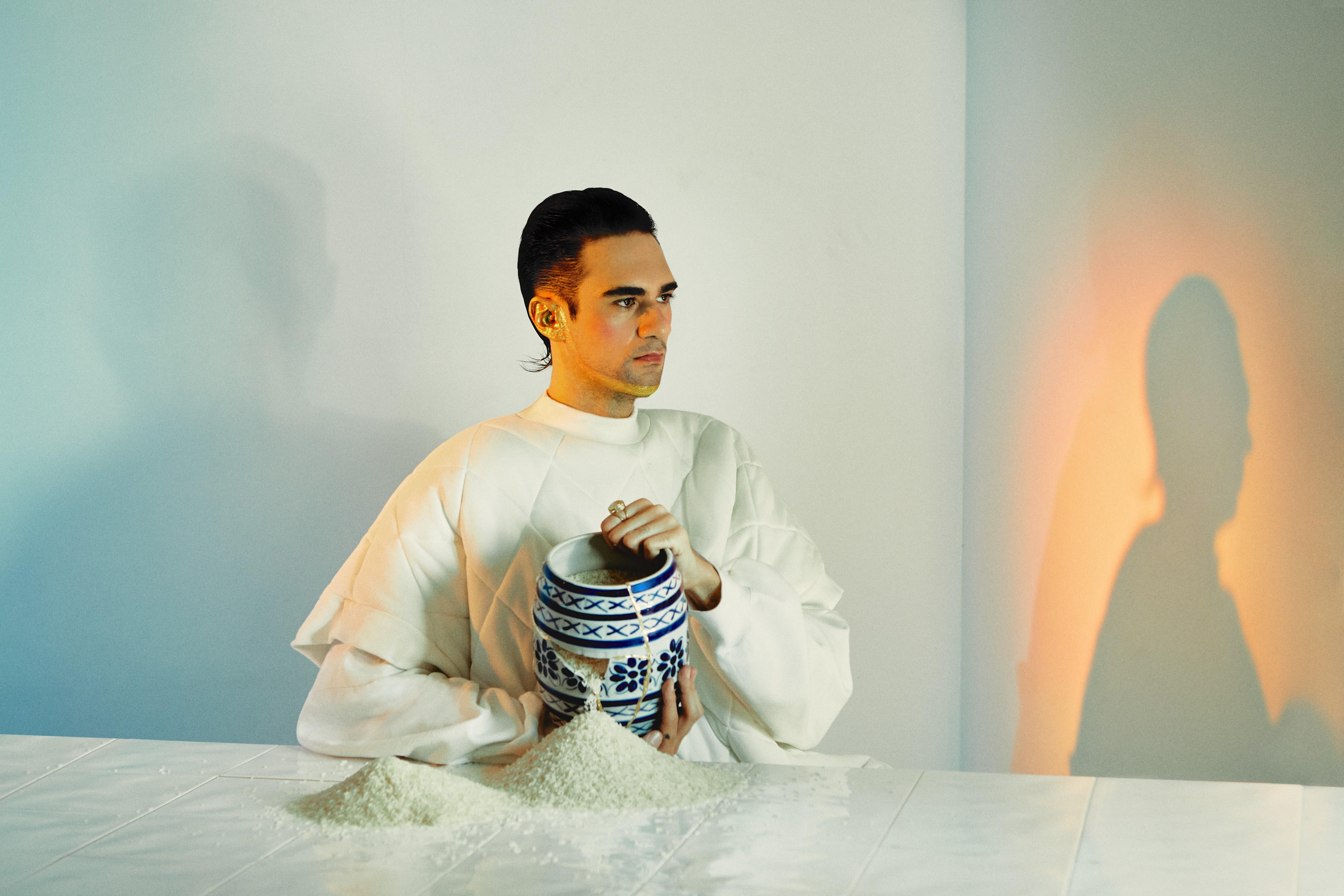 Siso lança seu novo álbum e evoca afetos