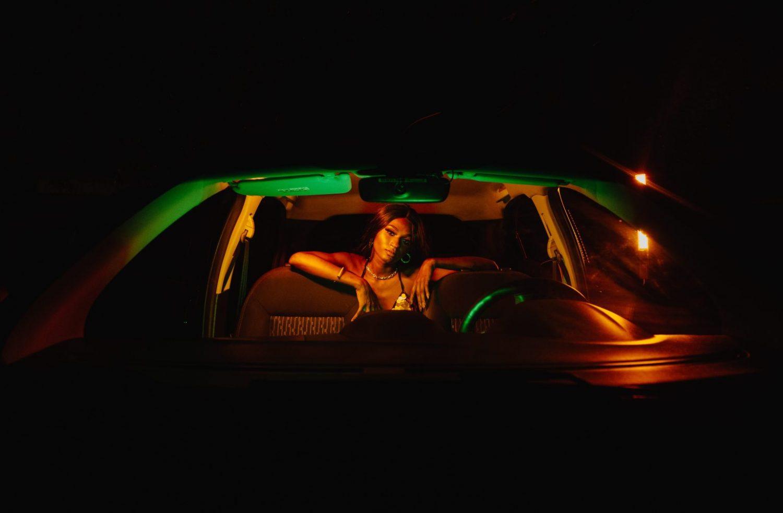 Paixão e sensualidade é tema de NÉCTAR (Amo Ser Sua) novo single de Maya