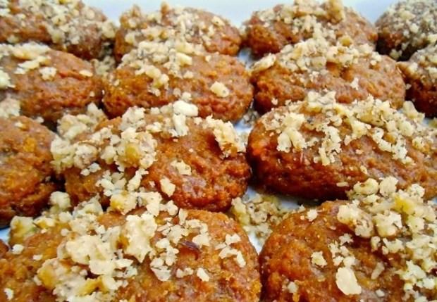 Christmas_Cookies_Greece_Melomakarona.jpg