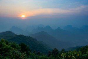 amanecer cerca de Guilin