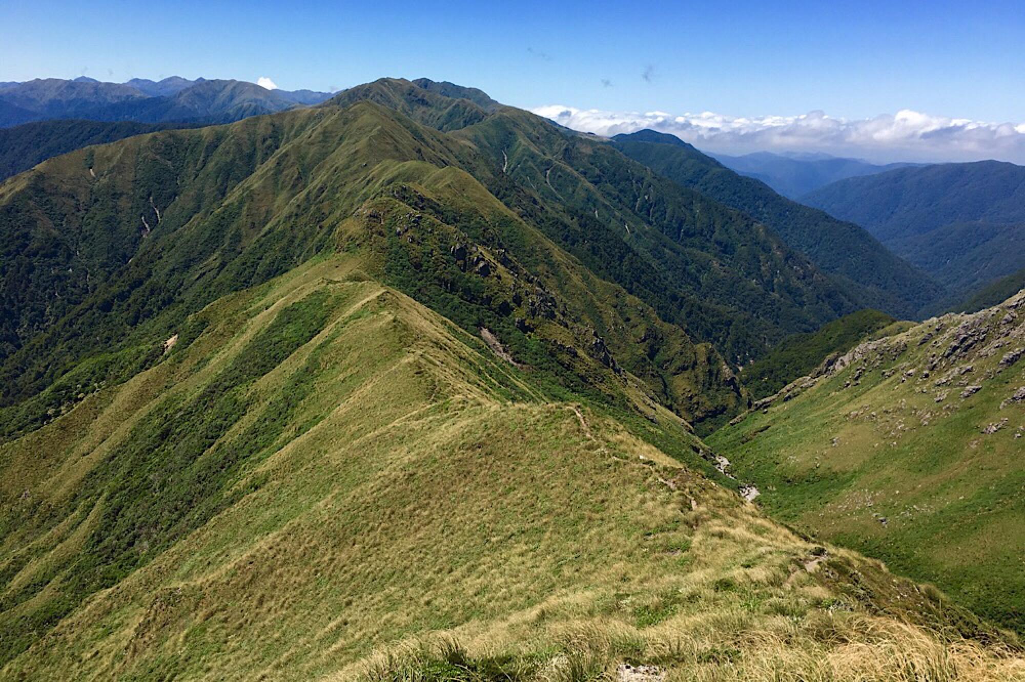 Tramping the Tararua Peaks - Part 2: New Zealand Felicity Macintosh
