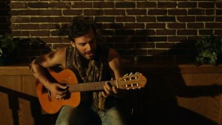 Todo Me Habla de ti - Felipe Alberto - Video Screenshot