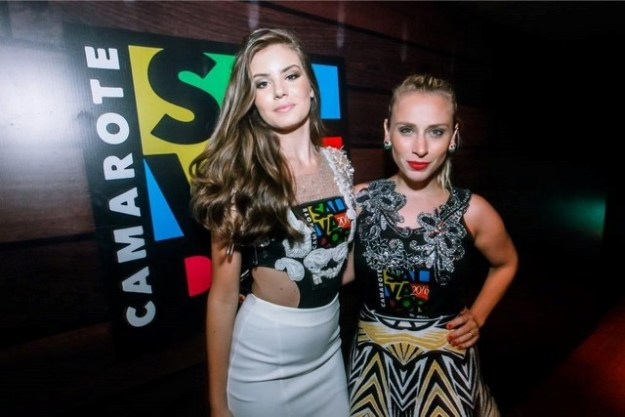 Camarote Salvador-9893 - Camila Queiroz e Lethicia Bronstein