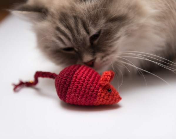 Mysz dla kota z kocimiętką czerwona
