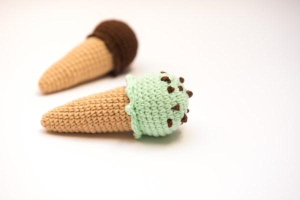 zabawka dla kota lody z kocimiętką