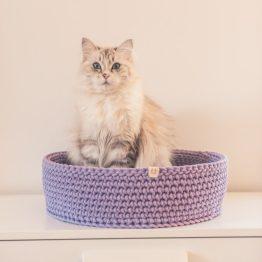 legowisko dla kota okragle liliowe