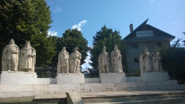 Grupul Statuar al Voievozilor din Iași