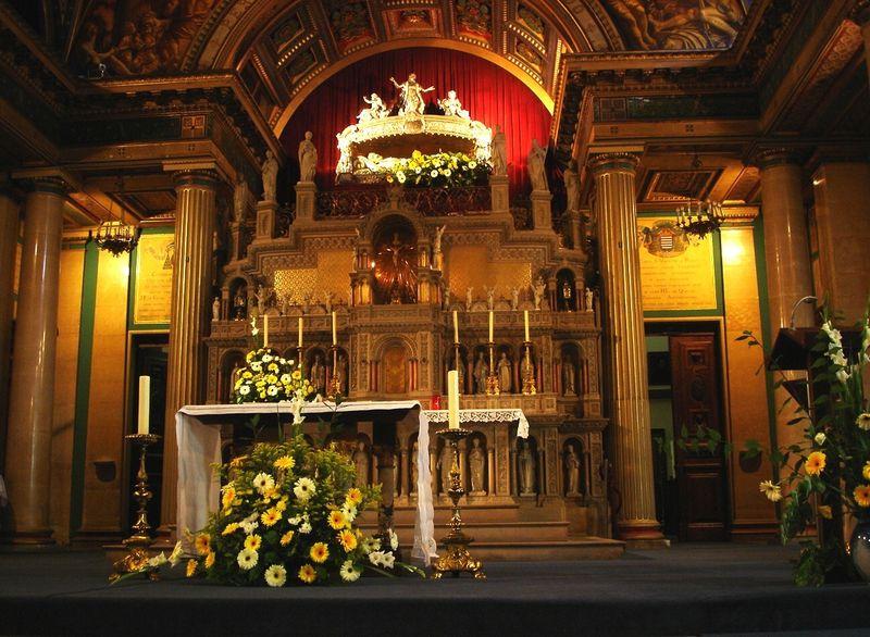 Altar de la capilla de los Paúles (París)