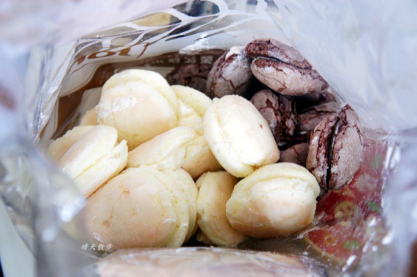 第三市場|榮記餅店~傳說中的奶油小西點、台式馬卡龍、倆相好 原味、巧克力都美味 下午茶的好搭檔