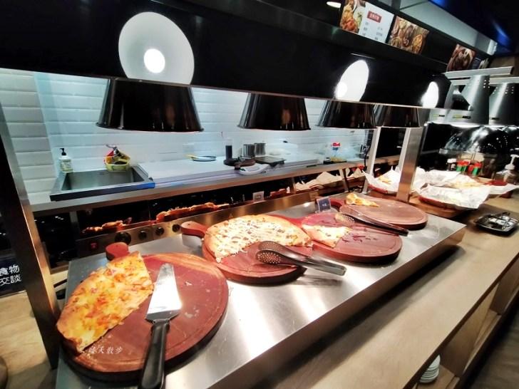 20201128012906 100 - 台中吃到飽 牛室炙燒牛排台中大墩店~點排餐附自助沙拉吧吃到飽,熱炒、熟食、披薩、飲料、甜點通通有,平日特餐299起,大墩路美食