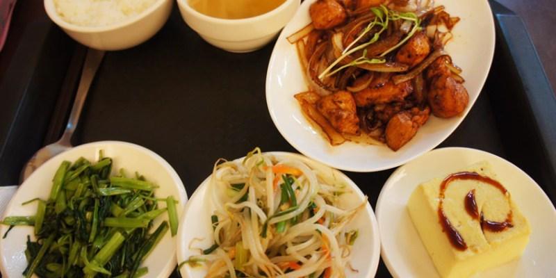 南屯便當|加利利小館~充滿家常味的平價簡餐餐廳 選擇豐富 招牌菜色紅燒獅子頭 晚來吃不到喔