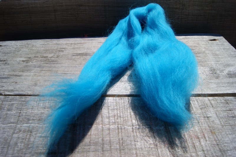 wool roving combed into long ropes