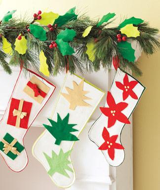 Holiday Craft Felt Stockings Amp Felt Holly Garland Diy