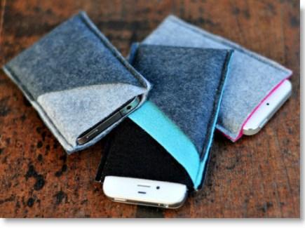 DIY Wool Felt iPhone Sleeves