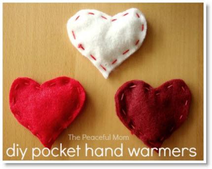 Valentine Craft: DIY Felt Pocket Hand Warmers