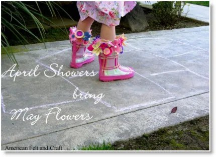 Free flower rain boot liner tutorial