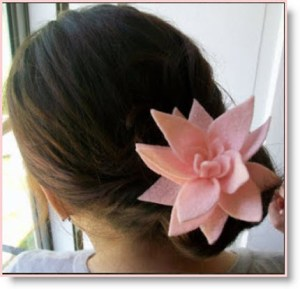 Felt Lotus Hair Clip Tutorial 2