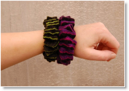 Funky Wet Felted Bracelet Tutorial