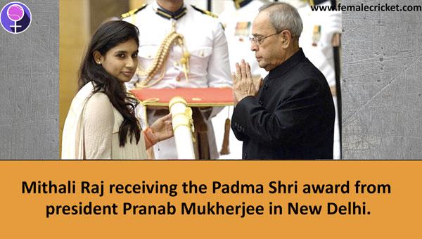 Mithali Raj receiving Padma Shri Award